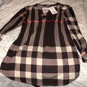Tops - NWT Button Sleeve Tunic!